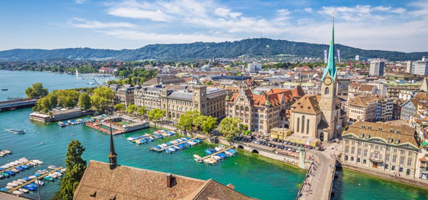2017 Insurance Market Briefing - Zurich